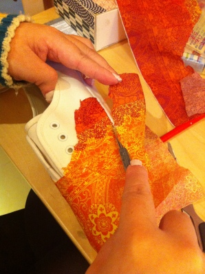 decoupage napkin shoes 餐巾拼貼手工鞋
